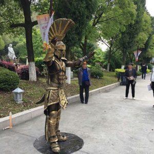 1表演~行動雕像9